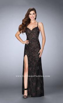 Picture of: Floral Fitted Lace Dress with a Sweetheart Neckline in Black, Style: 24005, Main Picture