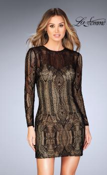 Picture of: Short Lace Dress with Long Sleeves and Open Back in Black, Style: 25289, Main Picture